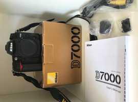 Nikon D7000 16.2 megapixel dslr (BODY ONLY) MINT condition - less than 1,000 shutter actuations