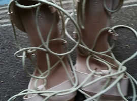 Beige Heeled Strappy Shoes Good Condition Size 6