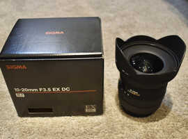 Sigma EX 10-20mm F/3.5 HSM DC wide to ultra-wide angle zoom lens, Pentax fit, virtually mint