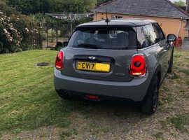 Mini MINI, 2017 (17) Grey Hatchback, Manual Petrol, 17,000 miles