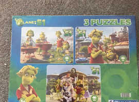 3 puzzles in box