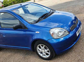 Toyota Yaris, 2001 (51) Blue Hatchback, Automatic Petrol, 59,000 miles