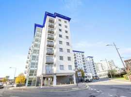 1 BED FLAT FOR SALE HOUNSLOW  TW3 6TH FLOOR