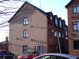 2 bedroom, top floor flat, available now in Rushden.  Ask for the early bird discount.