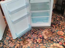 Nice little fridge