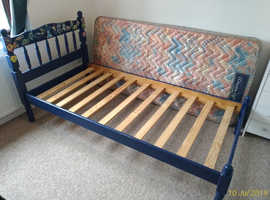 Bed and mattress (single)