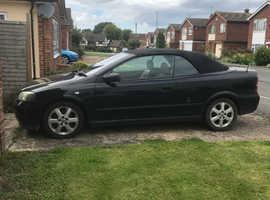Vauxhall ASTRA CONVERTIBLE, 2003 (03) Black Convertible, Manual Petrol, 106K MOT till end of DEC