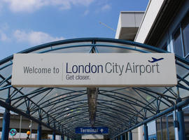 online booking for  London  airport city taxi, transfer