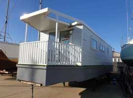 New Build Houseboat - Maggie