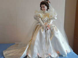 "ASHTON DRAKE Elizabeth's 1900's Wedding Dress "" Porcelain doll"