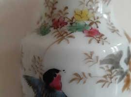 Vintage Japanese vase 6 inch
