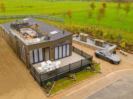 FOR SALE, LODGE £595,000 - SUPER LODGE, ANGLESEY, NORTH WALES, 5-STAR, LUXURY, CARAVAN