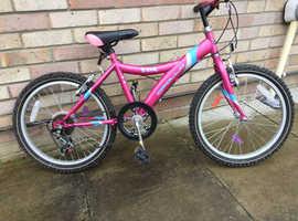 Girls apollo star bike
