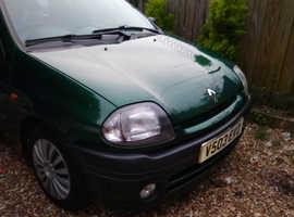 Renault Clio, 1999 (V) Green Hatchback, Manual Petrol, 132,000 miles