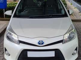 Toyota Yaris, 2012 (12) white hatchback, Cvt Hybrid, 53739 miles