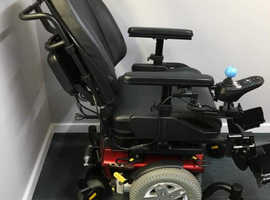 Quantum edge electric wheelchair