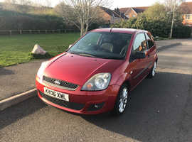 Ford Fiesta, 2006 (06) Red Hatchback, Manual Petrol, 114,600 miles