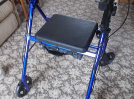 DRIVE MOBILITY WALKER WITH SEAT FOLDABLE LIGHTWEIGHT BRAKES ADJUSTABLE HEIGHTS