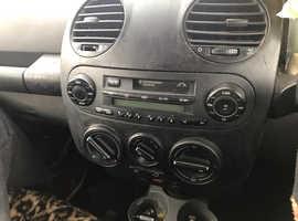 Volkswagen Beetle, 2000 (W) Blue Hatchback, Manual Petrol, 120,404 miles