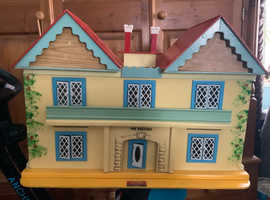 DOLL'S HOUSE - VINTAGE