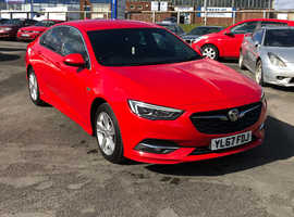 Vauxhall Insignia, 2018 (67) Red Hatchback, Manual Diesel, 149,084 miles