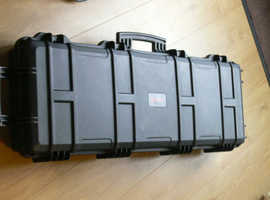 REDUCED££    Large Nuprol, Trolley /Hard case  -  NG4 area. ££ REDUCED