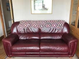 Italian Leather matching 3 & 2 Seater Sofa's