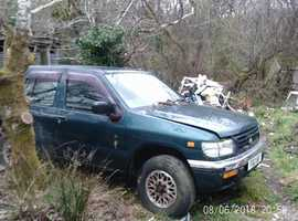 Nissan TERRANO 11, 2005 (05) green estate, Manual Diesel, 179000 miles