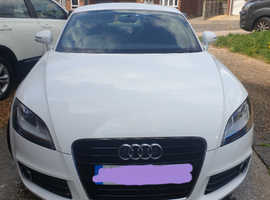 Audi TT, 2012 (12) White Coupe, Manual Petrol, 76,000 miles