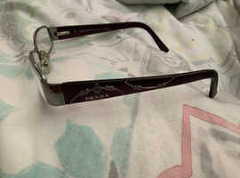 Prada optical frame,like new,no scratches or marks