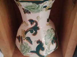 Mason hand painted vase Chartreuse design