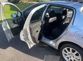 Peugeot 207, 2010 (59) Silver Hatchback, Manual Diesel, 123,000 miles
