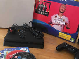 PS4 500GB includes led mouse and keyboard and a few games