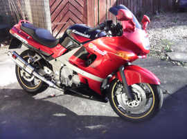 Kawasaki zzr600 good condition new tyres front and back new battery new black widow exhaust s