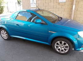 Vauxhall Tigra, 2005 (55) Blue Convertable ,, Coupe, Manual Petrol, 78,000 miles, Mot March 2020