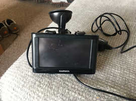 """Garmin nuvi 42LM UK 4.3"""" Sat Nav with UK and Ireland Maps with Free Lifetime Map Updates"""