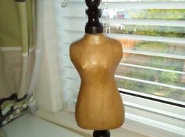Wooden bust figure
