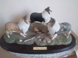 Three companion's rough collie orgnament with. Certificate