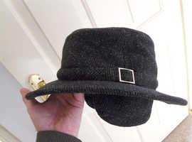 Tilley Hat 7 1/2 TW2 vgc