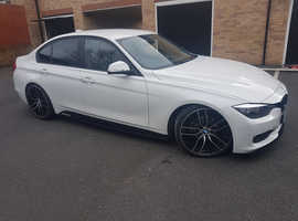 BMW 3 Series, 2013 (63) White Saloon, Manual Diesel, 122,875 miles
