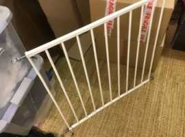 FREE CHILD'S SAFETY GATE