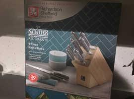 Sabatier x50 knife block