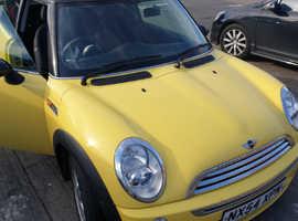 Mini MINI, 2004 (54) Yellow Hatchback, Manual Petrol, 156,421 miles