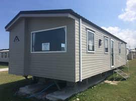 Treyarnon Bay, nr St Merryn, Padstow, Cornwall.  New Atlas Festival 35x12 2 Bedroom