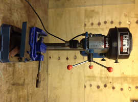 Clark bench pillar drill With press vice