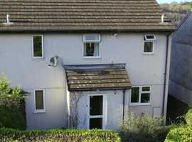3 BED HOUSE LOSTWITHIEL NO CHAIN.
