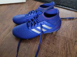 Size 6  Adidas predator sock football boots studs