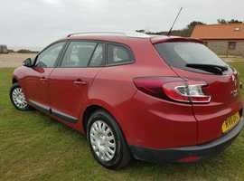 Renault Megane, 2011 (11) Red Estate, Manual Diesel, 89,600 miles