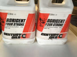 Engine oil SAE30 ,2.5 litres each ,never opened