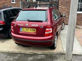 Skoda Fabia, 2004 (54) Red Hatchback, Manual Petrol, 111,182 miles